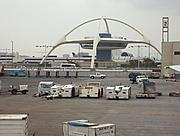 Tarmac and the Theme Building/Encounter Restaurant at LAX