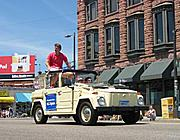 R.T. Rybak in the Art Car Parade