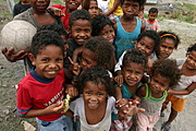 Young Aeta Kids Gather for Photos