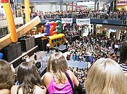 Crowd in the Rotunda at the Mall of America