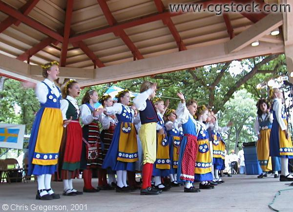 Vasa Junior Folk Dancers