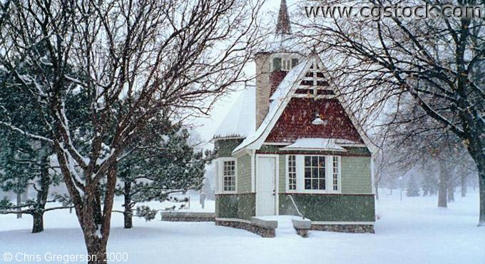 Loring Park Cottage(Winter)