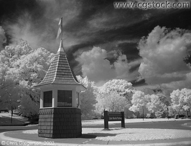 Lake Harriet Parkway and Kiosk - Infrared