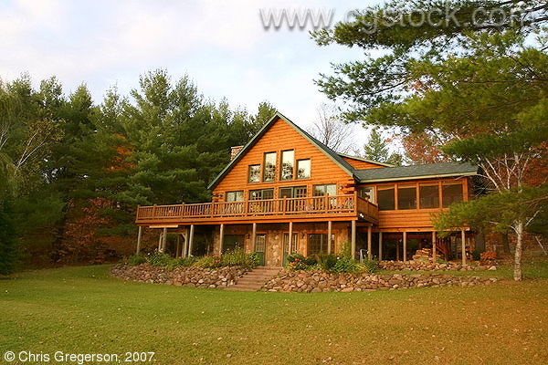 Luxury Cabin on a Wisconsin Lakeshore