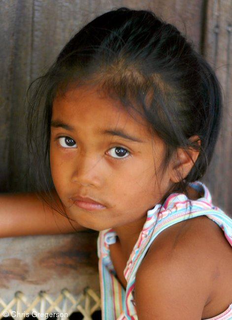 Young Girl in the Philippines / Maureen Corpuz
